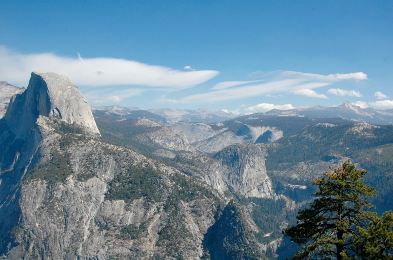 yosemite-mountain-tops